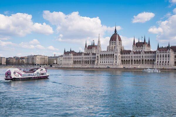 budapesti városnéző hajókázás