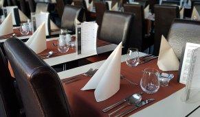 Danube river cruise - Abendessen Schifffahrt und Klavier Kampf anzeigen