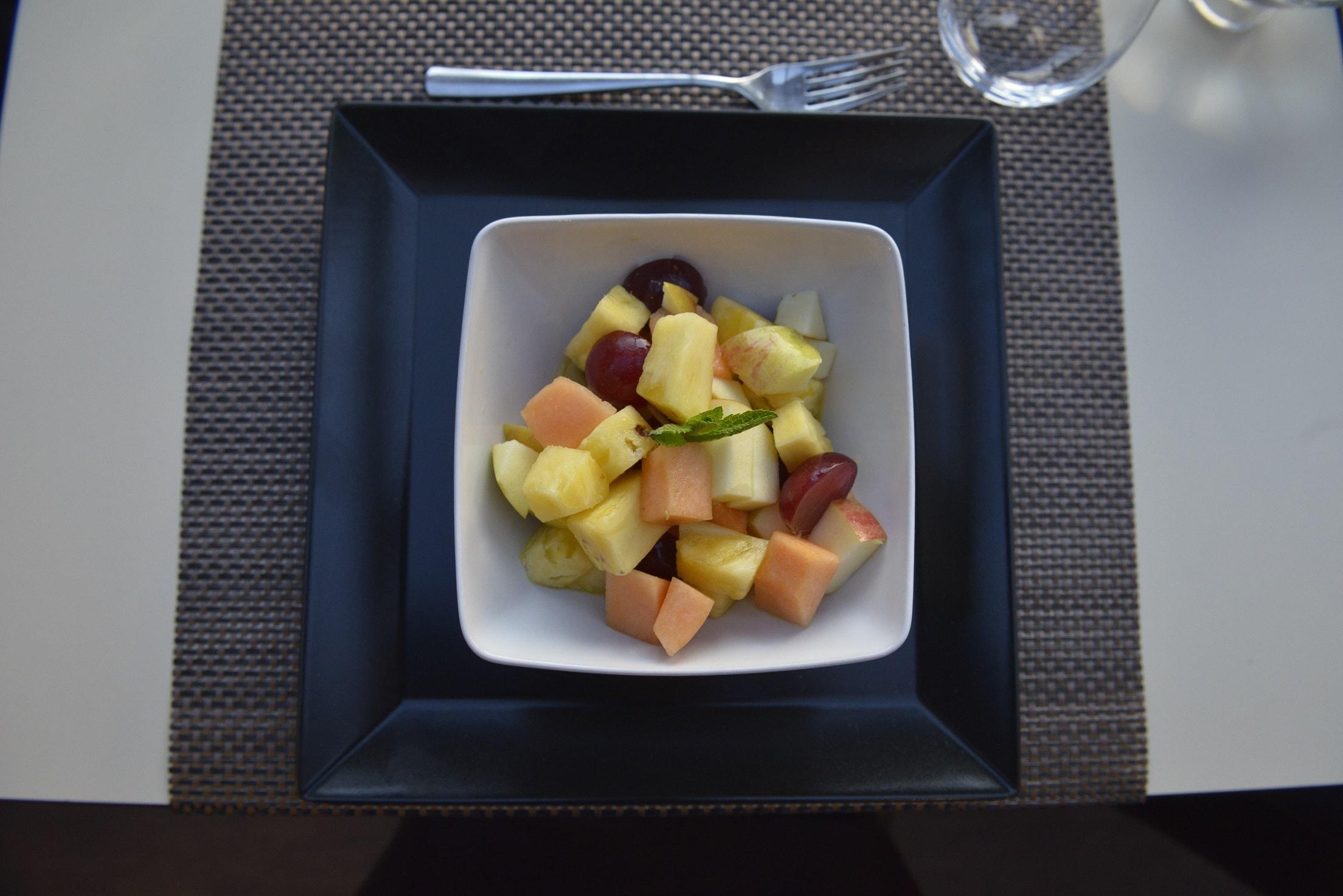 Salade de fruits avec fruits de saison