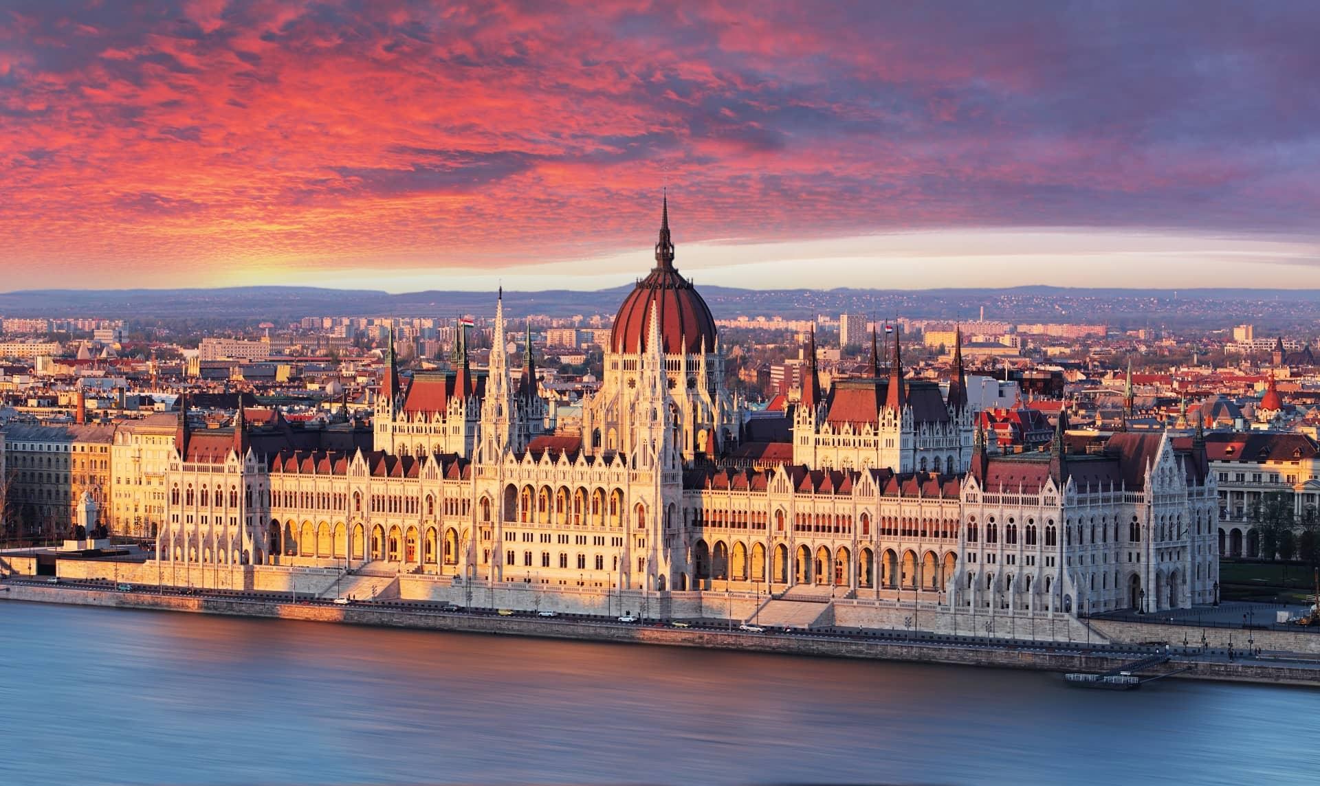 sétahajó budapest
