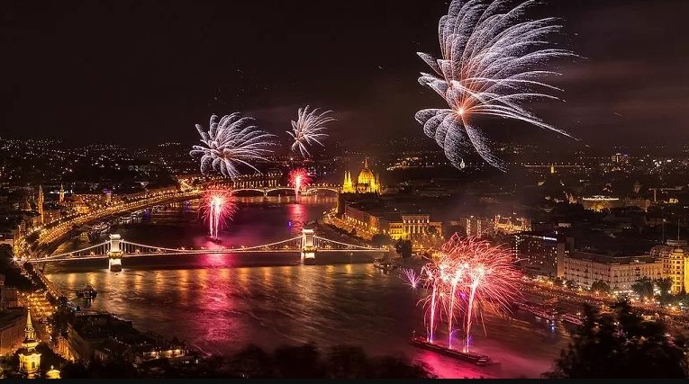 Budapest new year's eve cruise